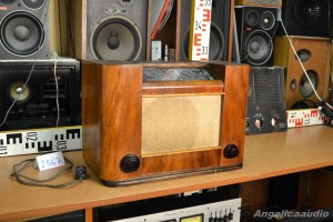 PHILIPS Aachen Super D 51 AU Radio