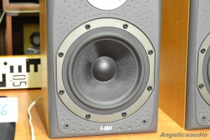 Bowers & Wilkins DM 303 (6)