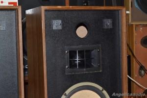 AKAI SW 126 (5)