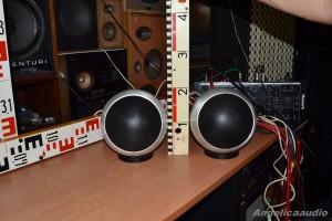 GRUNDIG HiFi Kugelbox Box 150 (1)