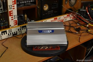RODEK R480i amplifier