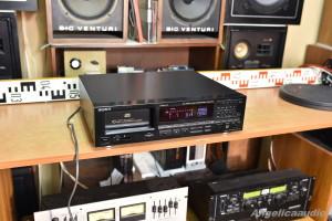 Sony CDP C910