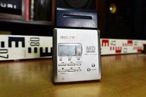 SONY MZ R55 portable minidisc recorder