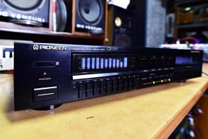 Pioneer GR 777