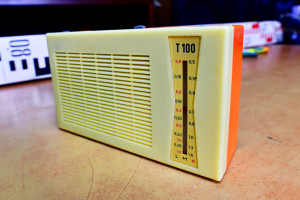 T 100 Radio VEB Stern