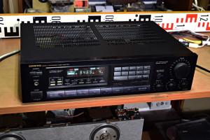 Onkyo TX 7520