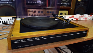 Gramofon Tesla NC 420 přenoska Tesla VM 2101 (No. 176844)