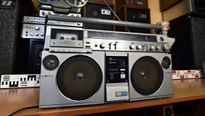 AIWA CS-770E monster boombox ghettoblaster radio cassette recorder (176994)