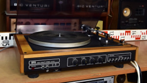 Gramofon Tesla NZC 431 - přenoska Ortofon OMB 5E (177560, 177561-86)