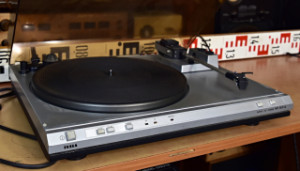 Tesla MC 600Q gramofon - přenoska Ortofon LMB 18 (177664)