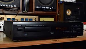 YAMAHA CDX-460 Compact Disc Player - CD přehrávač výroba Francie (177746)