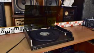 TESLA NC 470 gramofon (177850)