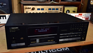 PIONEER PD-M701 MULTI-PLAY COMPACT DISC PLAYER CD Přehrávač (177893)