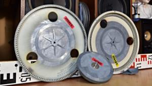Gramofon TESLA NC 440 - TESLA NC 450 - hlavní talíř a subtalíř s ložiskem