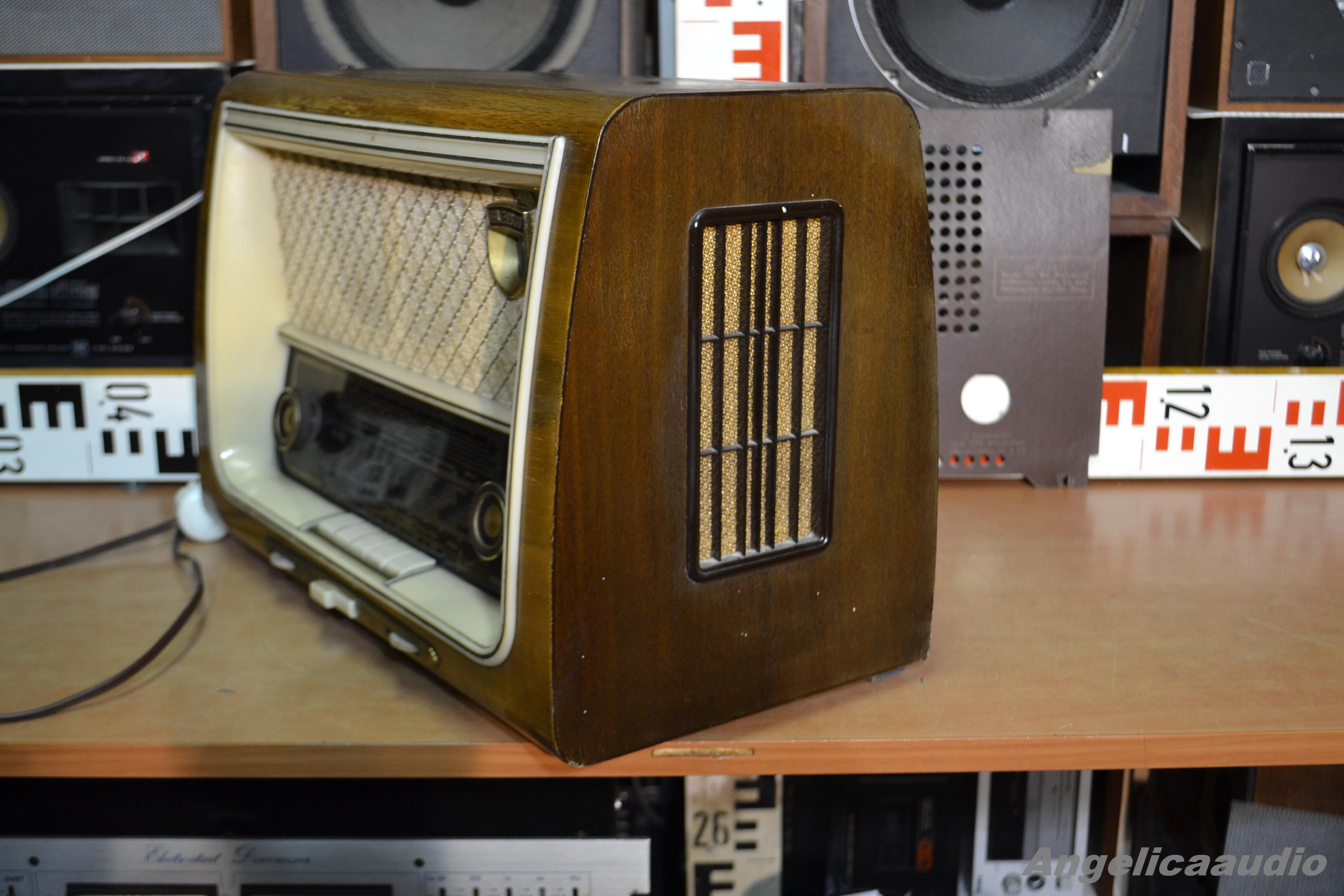 wega 202 wega radio stuttgart 1957 1958 angelicaaudio. Black Bedroom Furniture Sets. Home Design Ideas